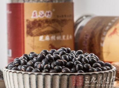 饱满的优质黑豆