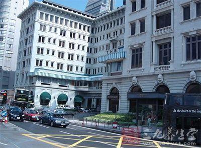 香港半岛酒店是香港现存历史最悠久的酒店