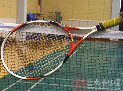 网球中间的球网是直到17世纪才有的