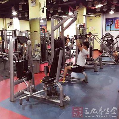 健美训练技巧做每个动作都要付出最大的努力