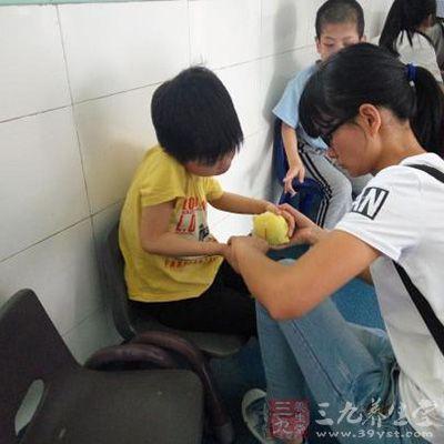 深圳举行关爱特殊儿童大型公益活动