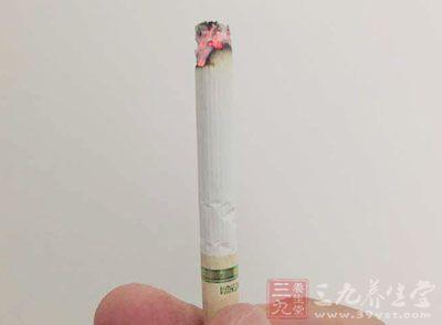 烟草燃烧之后不仅仅伤害自身,二手烟、三手烟还会危害他人