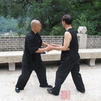太极拳可有效增强老年人的肌力及稳定步态