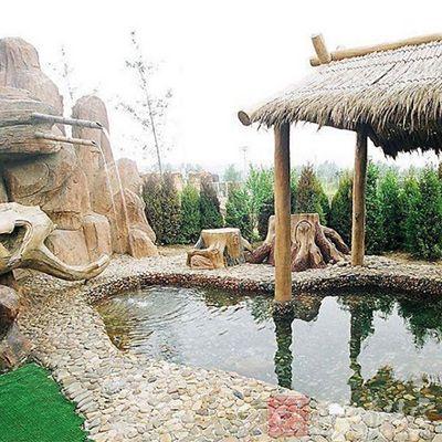知本温泉位于台东市西南方的知本溪畔