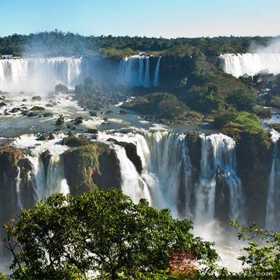 是南美洲大的瀑布,也是世界上宽的瀑布