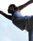 练习塑身瑜伽打造曲线