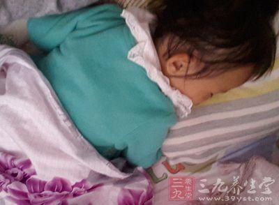 婴儿湿疹易反复发作 早发现早预防是关键