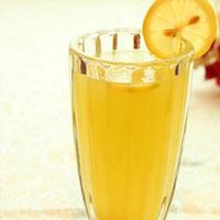 柠檬蜂蜜水的功效 柠檬蜂蜜水美白消斑