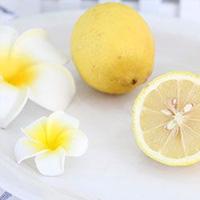 柠檬的功效与作用 吃柠檬清热解毒