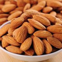 杏仁的功效与作用 杏仁有润肠通便的功效