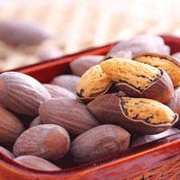 香榧子的營養價值 香榧子含有豐富的脂肪油