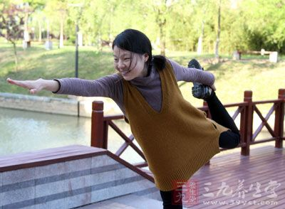 广场舞有氧健身舞 每天5分钟助你快速瘦身