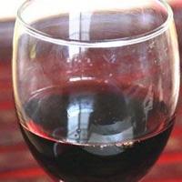 喝葡萄酒的好处 喝葡萄酒能防治肾结石