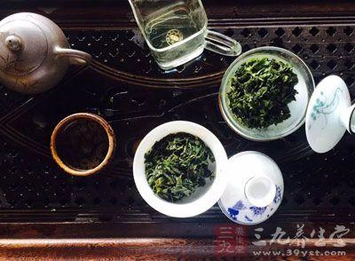 普洱茶是采用云南大叶种茶制作而成的