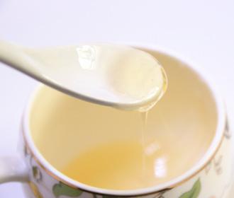 女子网购低价蜂蜜 蜂蜜真假如何辨
