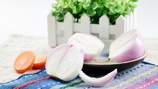 洋葱炒香菇能祛除体内湿气