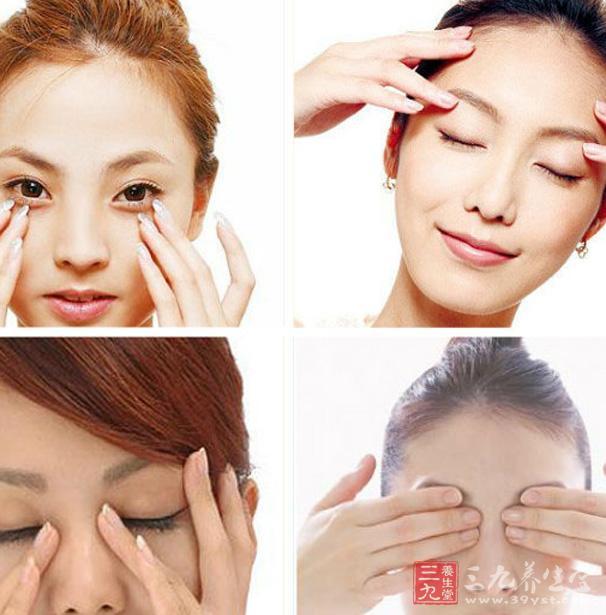 用毛巾或眼罩或手掌掩住一只眼睛.注意眼睛切勿闭紧!