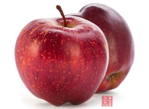 秋天多吃苹果可达到消除疲劳,润肺滋阴的作用