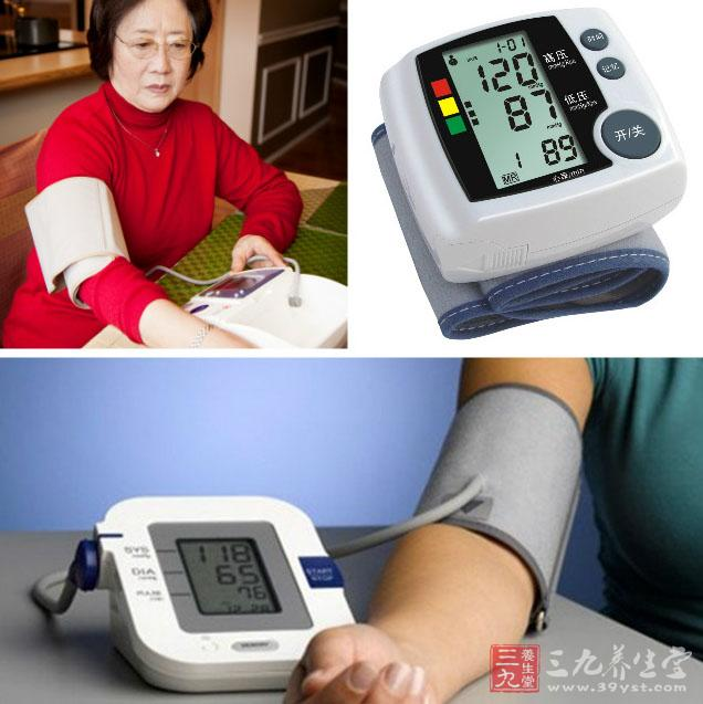 推荐使用上臂式全自动血压计,不推荐使用半自动血压计和手腕式血压计图片
