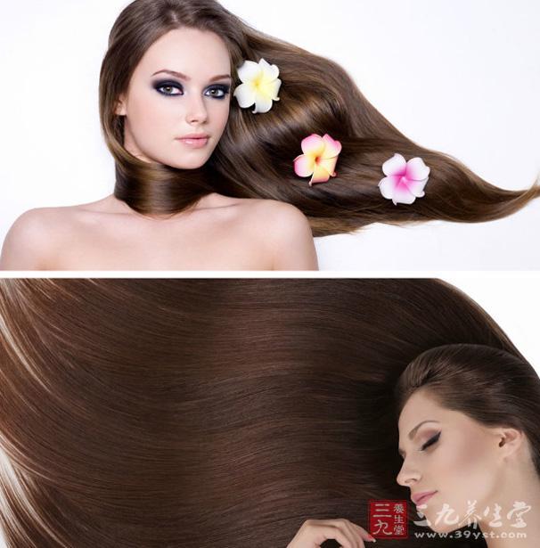 可以用发膜做头发护理,先洗净头发,再在头上抹上发膜,然后再把头发扎