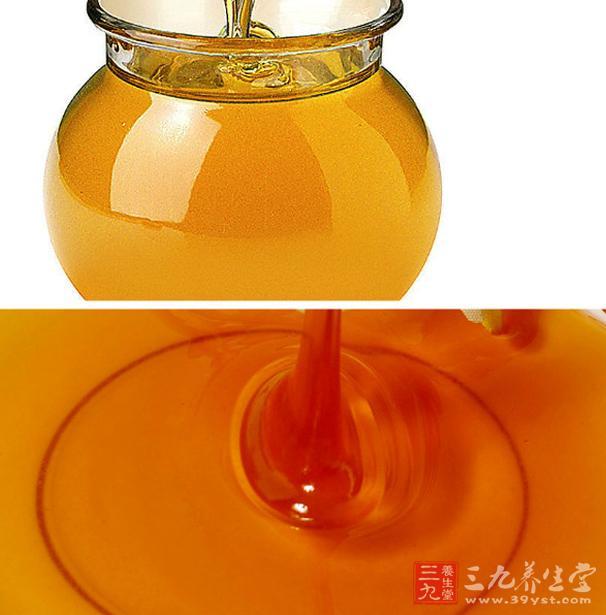 蜂蜜具有润肺的作用,经常被用来辅助治疗气管炎和肺结核等疾病