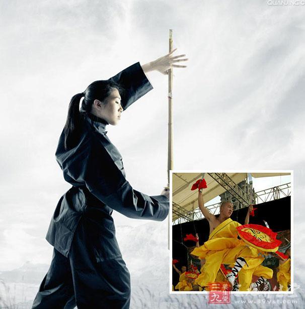 """少林罗汉拳特点 拳路清晰简明,短捷紧凑,灵活多变。 精义 出手似箭,收手如绵,一招得手,连环进击 罗汉拳拳理渗透""""相生相克、此消彼长、物极必反""""的中国传统哲学观点。其手形变化体现阴阳五行之说。 罗汉拳手形按""""五行""""分为五枝 仰掌为水,立掌为木,扑掌为火,握拳为土,钩手为金。"""