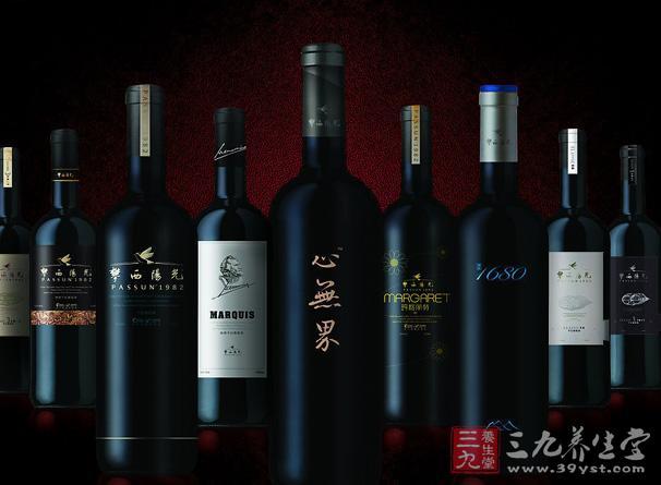 法国不但是全世界酿造多种葡萄酒的国家,也出产无数闻名于世的高级葡萄酒
