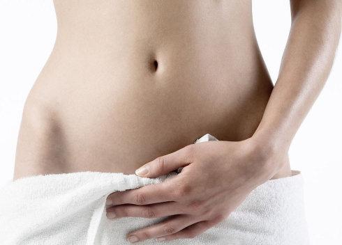 女性 肚脐/腹部是女人最性感的位置之一...