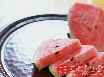 夏季吃西瓜不可不知的8大禁忌