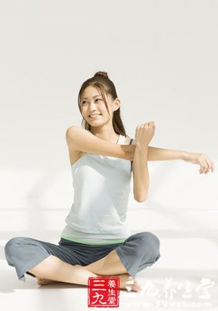 发型瘦脸瘦腿摆脱O型腿(8)-三九养生堂刘海瑜伽简易图片