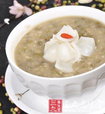 中医推荐七款夏季养生粥