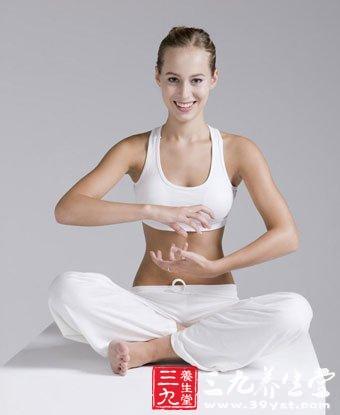 保养脊柱的美体瑜伽招式
