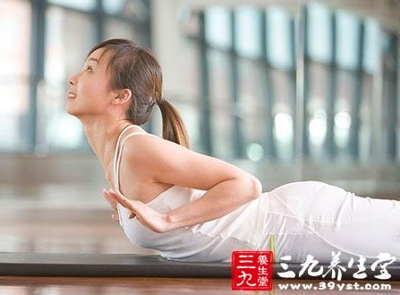 养生瑜伽5分钟快速瘦腹 让你身材辣到爆