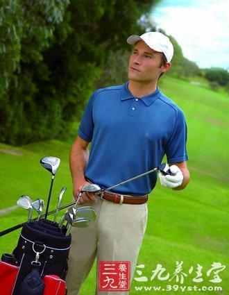 高尔夫服装设计的特点