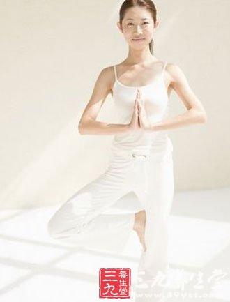 产后瑜伽瘦身与好处