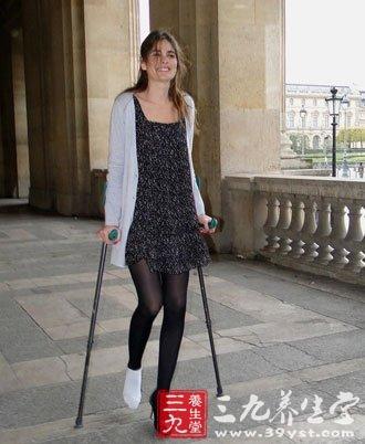 扭伤脚别紧张 中医有良方