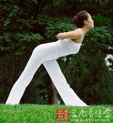 学瑜伽 成就女人曼妙身材