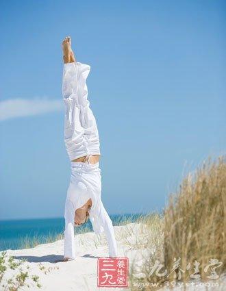 适合家庭主妇瑜伽瘦身方式