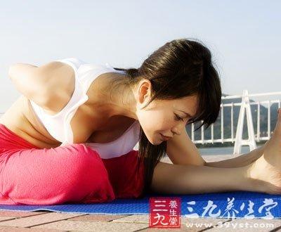初级瑜伽宝典 初学瑜伽13要