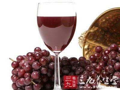 每天一杯葡萄酒