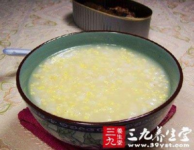 夏季喝薏米粥