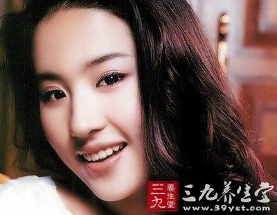 刘亦菲素颜高清痣