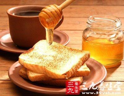 蜂蜜不可多服