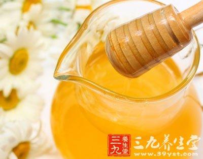 喝蜂蜜有什么好处 蜂蜜食用时间有讲究
