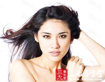 白发女神舒淇获赞 吃什么让白发变黑发(2)