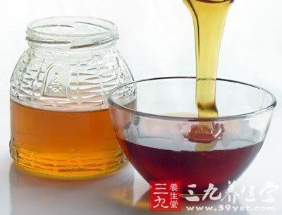 蜂蜜对胃肠功能有调节作用,可使胃酸分泌正常