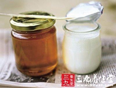 牛奶加蜂蜜功效