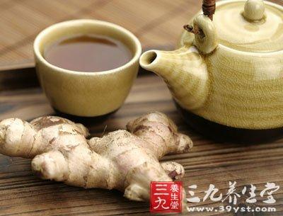 生姜蜂蜜水是用优质冬蜜加上冬至期间收成的生姜精制而成
