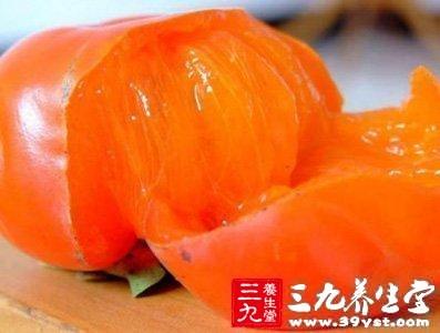 柿子未成熟时,鞣酸主要存在于柿肉中