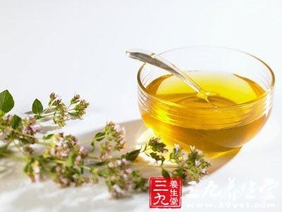蜂蜜绿茶减肥有助身体排毒